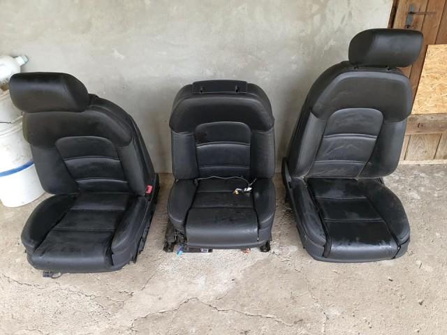 Audi A8 D3 ülések egyben!